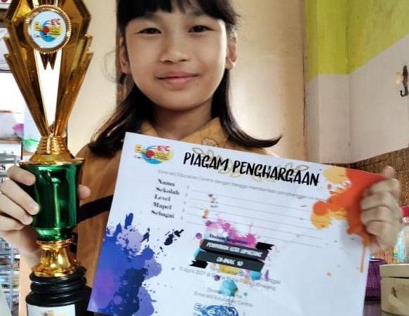 Michelle Vivian Wong (kelas 4)
