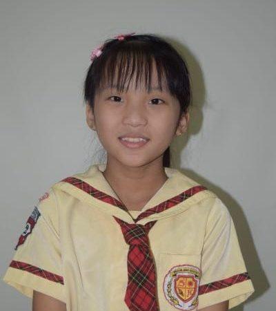 Evelyn Alena Leticia (Kelas 4)